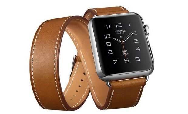 Apple Watch improves with new software