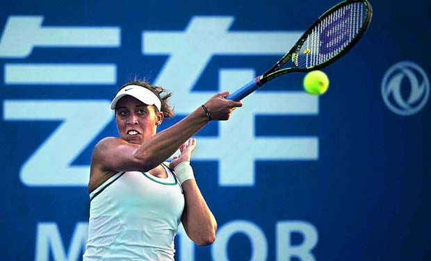 Sloane Stephens steady in China