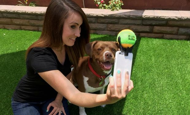 New device to click a perfect selfie with your pet