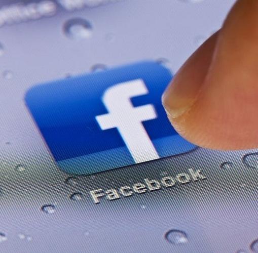 Facebook slopes up test to Snapchat; tests vanishing messages on Messenger