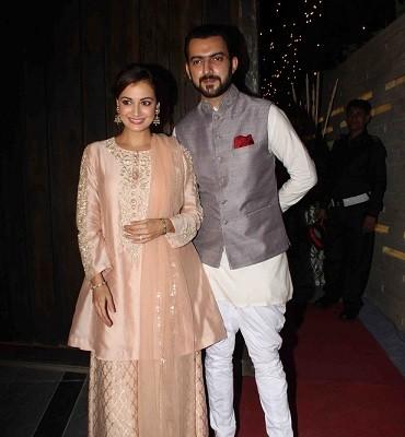 Dia Mirza, Ekta Kapoor And R Madhavan Enjoy Diwali Party