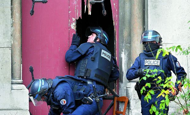 Paris dread assault driving force 'confers suicide'