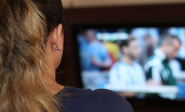 Moderate screen time not connected to adolescents' despondency