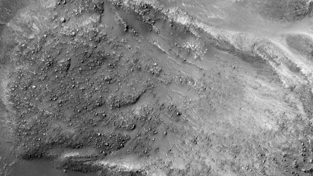 NASA releases image of landslide on Mars