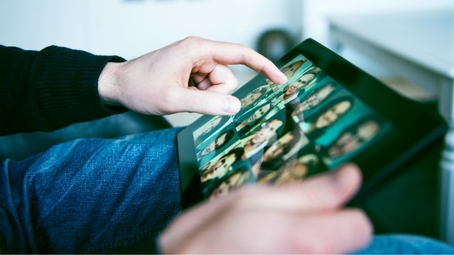Touchscreen tablets are beneficial to the visually impaired, study finds