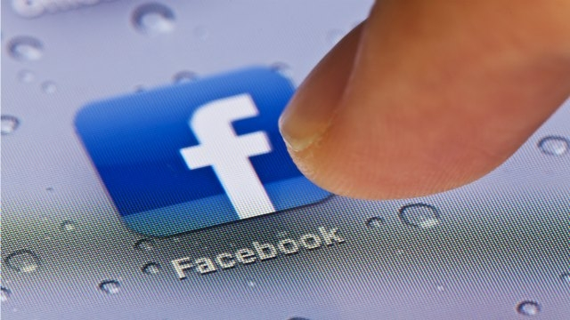 Facebook Messenger reportedly set to facilitate online payments for users