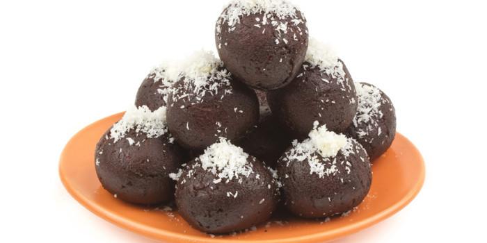 Recipe: How to make 'Kala Jamun'—Watch here!
