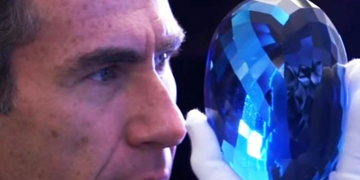 Video: Largest blue topaz to go on display in UK