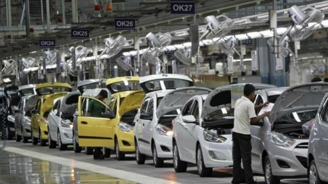Hyundai Motor slips to 11th straight profit drop over strike, weak sales