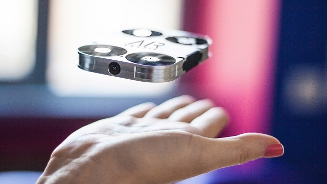 A flying camera will now take your selfies mid-air!