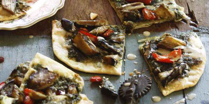 Naan Pizza with Za'atar (Vegan) Recipe