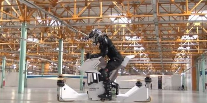 Watch | World's first fully-manned hoverbike tested in Moscow
