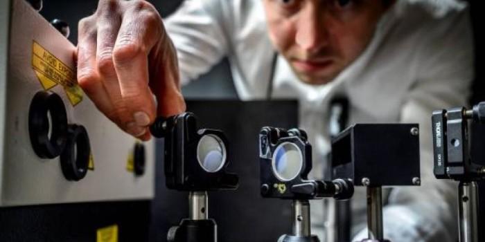 This camera shoots five trillion images per second